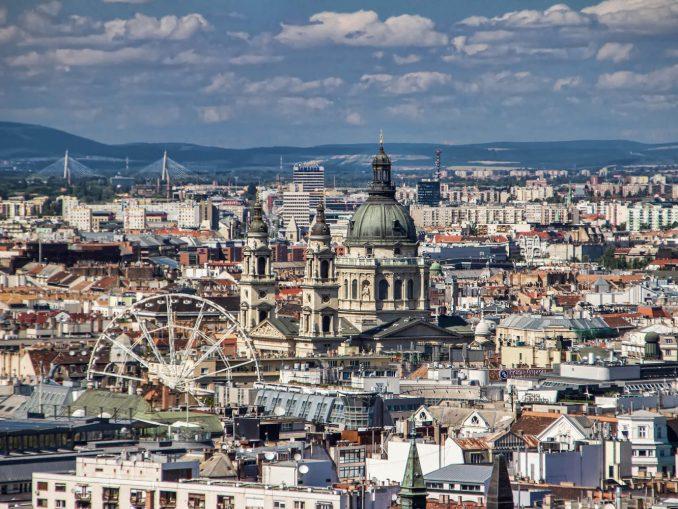 נדלן בבודפשט